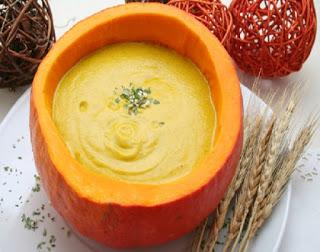 Συνταγή της Ημέρας: Πανεύκολη σούπα κίτρινης κολοκύθας