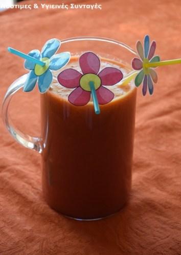 Συνταγή της Ημέρας: Χυμός από ανανά, καρότο, πορτοκάλι και ρόδι