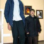 Νέος ψηλότερος άνθρωπος του κόσμου