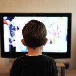 Από ποια ηλικία πρέπει να βλέπει το παιδί τηλεόραση; -Τι να προσέξουμε για να μη γίνει εθισμός.- Εναλλακτικές λύσεις ψυχαγωγίας
