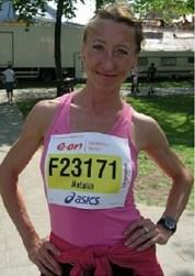 Bild zu Natalia Quednau/LG Celle-Land siegt beim Hannover Marathon als schnellste Frau des NLV im Marathon. (10.5.2011 )
