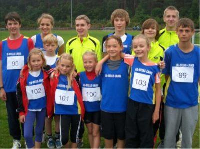 Bild zu Kreismeisterschaften über die Mittelstrecken in Unterlüß  (14.6.2011 )