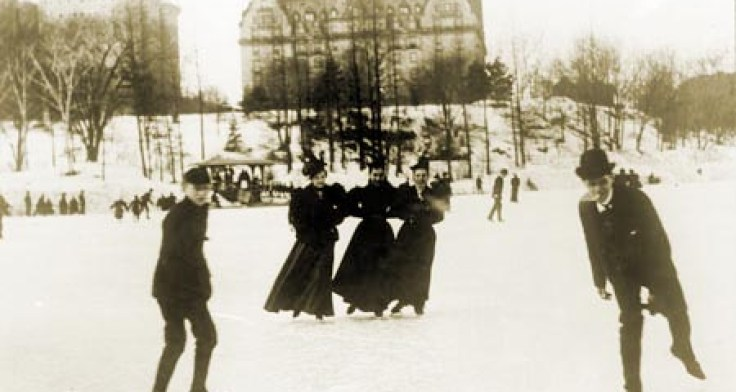 ice-skating-at-72nd-street-lake_central-park