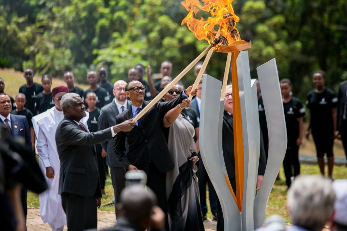 Rwandan President Paul Kagame, his wife Jeannette Kagame, African Union Commission Chairperson Moussa Faki Mahamat and President of the European Commission Jean-Claude Juncker light the flame of remembrance at the Kigali Genocide Memorial during the commemoration of the 25th anniversary of the 1994 Rwandan genocide against Tutsi, in Kigali, capital of Rwanda, on April 7, 2019. Rwandans on Sunday started the commemoration to mark the 25th anniversary of the 1994 genocide that left over 1 million people dead, mainly ethnic Tutsis, with President Pual Kagame calling for continued efforts to transform the country. (Xinhua/Office of the President of Rwanda)