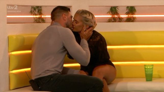 Love Island viewers can't cope with 'cute' Tommy and Molly-Mae