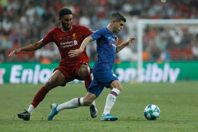 Christian Pulisic takes on Joe Gomez