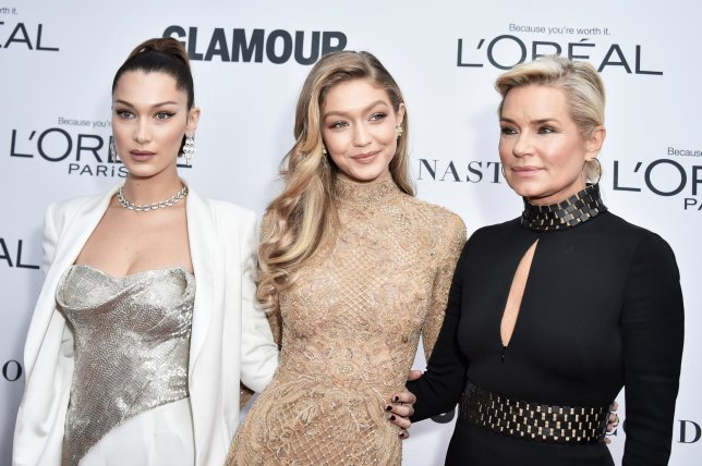 Bella Hadid, Gigi Hadid, Yolanda H. Foster