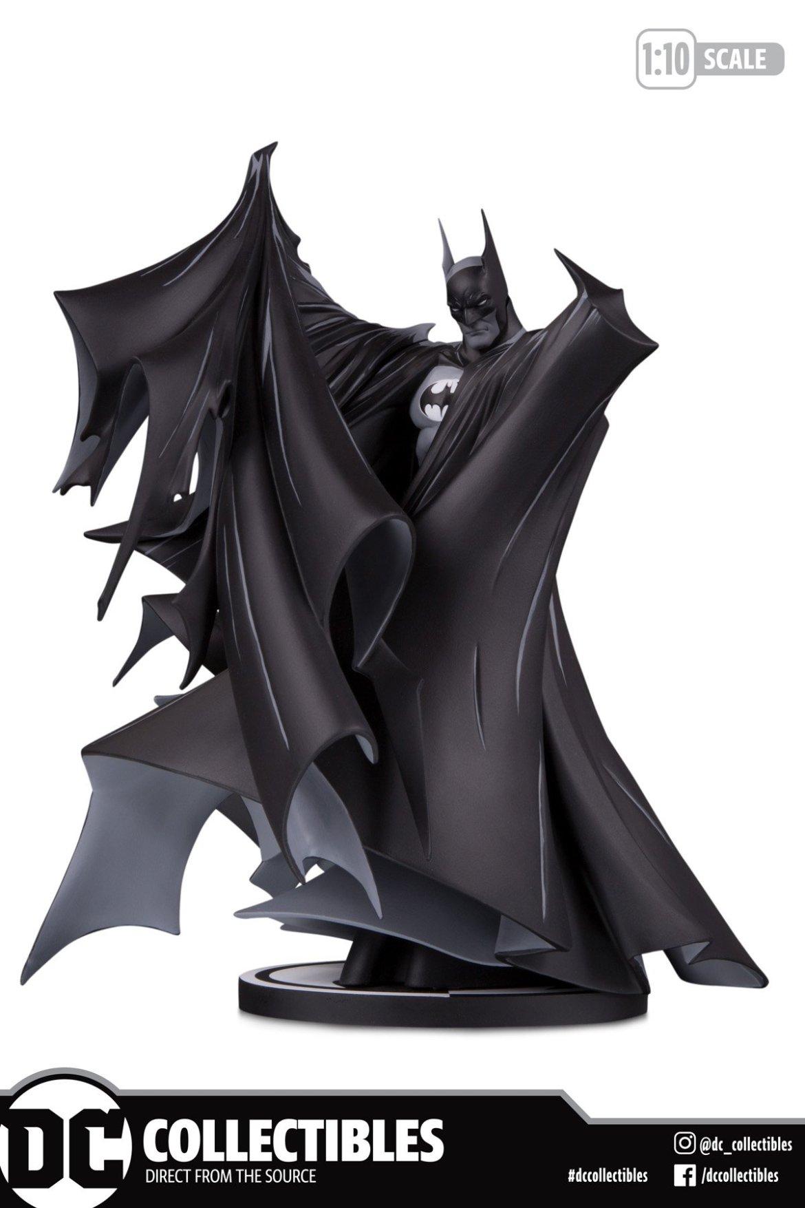 Todd McFarlane Batman Black & White Statue