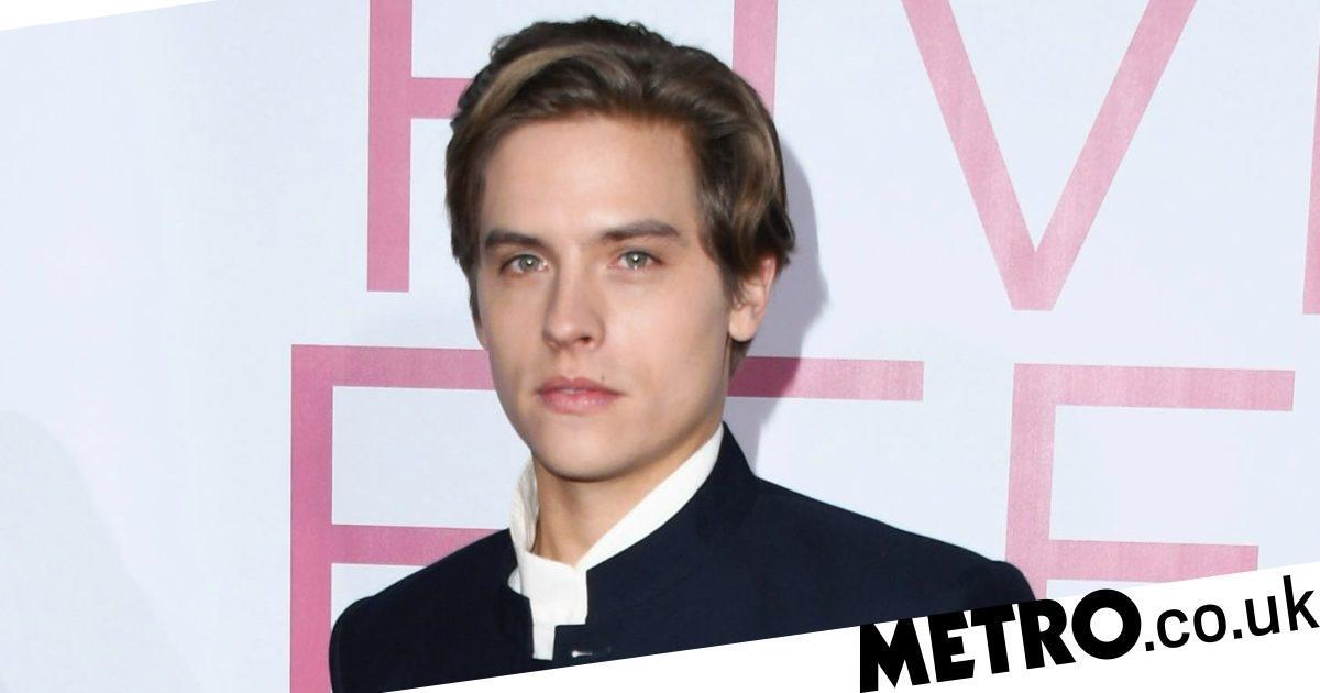 Dylan Sprouse lands role in One Direction fanfic and fans are too