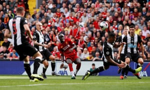 A cracking curler from Sadio Mane gets Liverpool back on level terms.