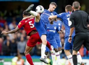 Chelsea's Jorginho goes for the ball.