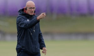 """England defence coach John Mitchell says that Underhill and Curry """"have got rocks and boulders in their shoulders""""."""