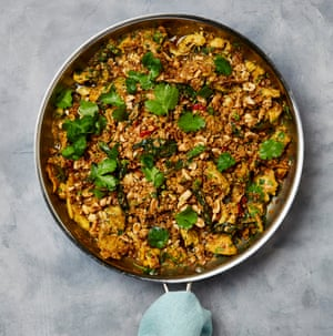 Curry chicken with oat and peanut crumble.