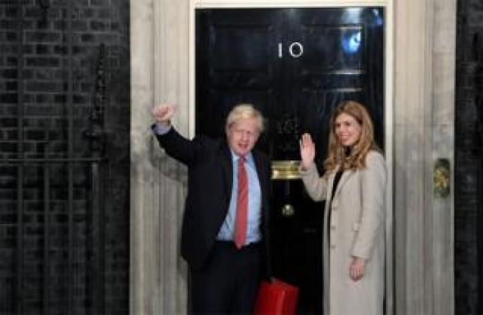 Boris Johnson and Carrie Symonds arrive at 10 Downing Street