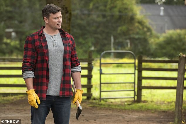 Powerless: Tom Welling returned as a wood-chopping Clark Kent in the second part of The CW's crossover event, Crisis on Infinite Earths, which aired on Batwoman on Monday
