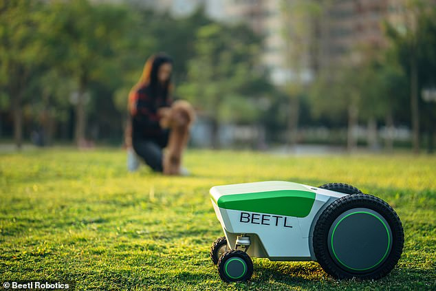 After setting the boundaries around your lawn, the Beetl roams around sniffing out your dog¿s mess. Its advanced artificial intelligence can be connected to a cloud network allowing the robot to learn and develop new ways