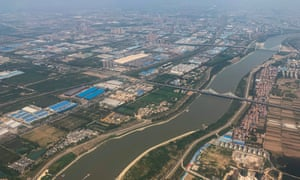 The Yangtze River in the city of Wuhan in Hubei Province: Wuhan is bigger than Greater London.