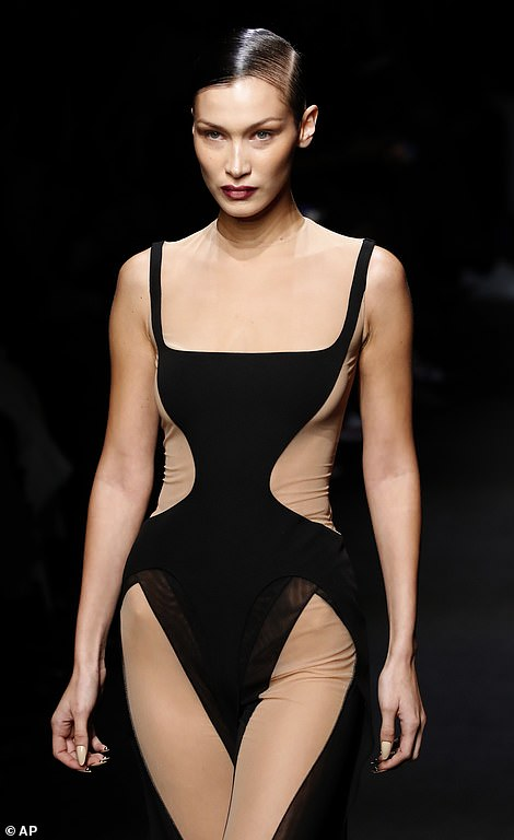 Oh my!And Bella Hadid was certainly earning her modelling stripes on Wednesday as she hit the runway at the Thierry Mugler Autumn/Winter showcase during Paris Fashion Week