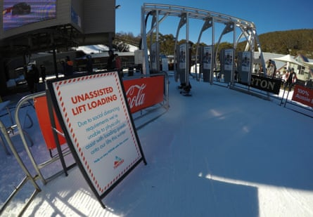 Lift loading signage at Thredbo