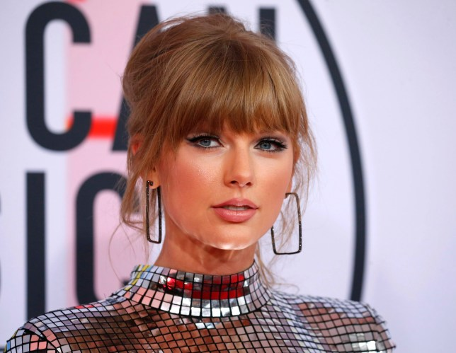 Taylor Swift at 2018 American Music Awards