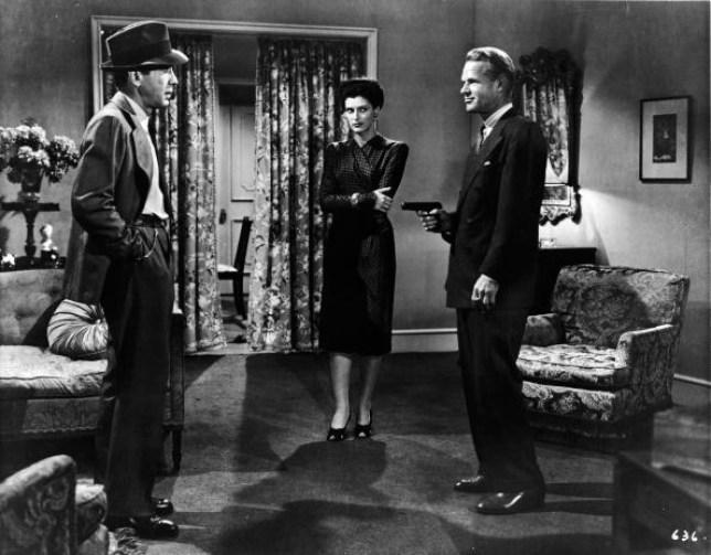 Heydt pulls gun on Bogart in 'Big Sleep'