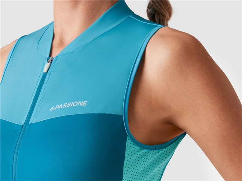 FEEL, THE NEW WOMEN'S COLLECTION FROM LA PASSIONE CYCLING COUTURE-