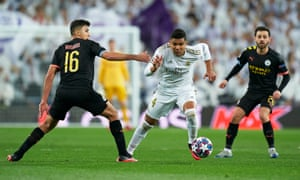 Casemiro escapes the attention of Rodri during Madrid's 2-1 Champions League first-leg defeat by Manchester City in February.