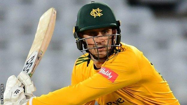 Alex Hales smashed nine fours in his 49 off 32 balls to help spark Notts' derby win over Derbyshire