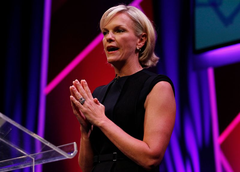 © Reuters. FILE PHOTO: Elisabeth Murdoch gestures during a rehearsal of her MacTaggart Lecture during the Edinburgh International Television Festival in Edinburgh