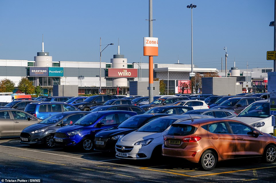 TheFort Shopping park in Birmingham was crammed today as people flocked to the shops