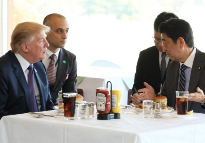 【グルメ:レポート】日本でトランプ大統領が食べたハンバーガー