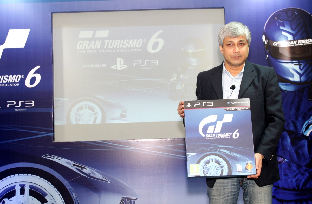 Optimized-Mr. Atindriya Bose, Country Head, PlayStation India unveiling Gran Turismo®6