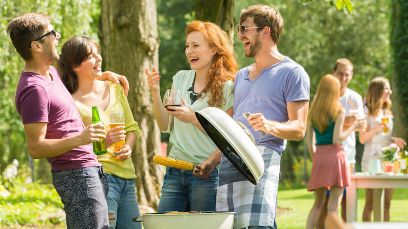 Tips for an Amazing Backyard Party 1