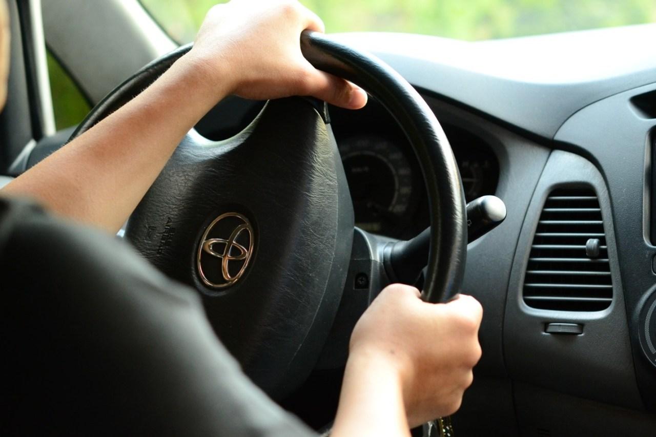 car-driving-1