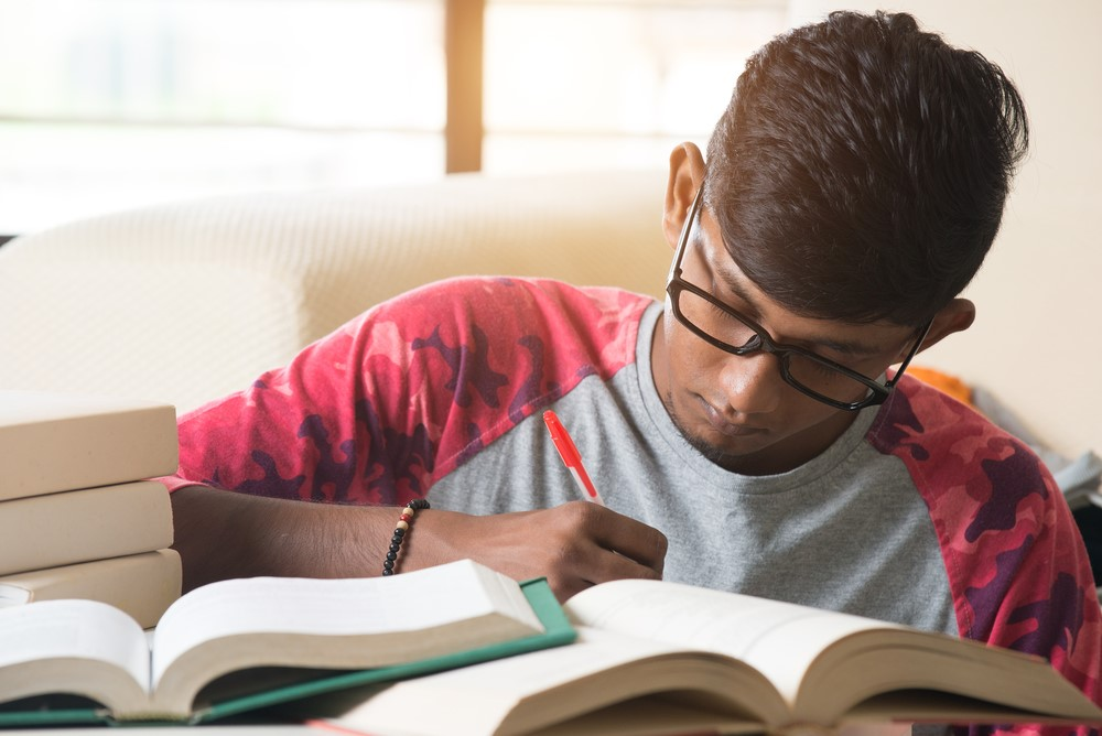 Here are 5 decisions you should never make before your exams!