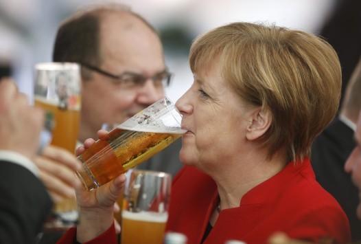 `Πικρό` καφέ και... ζεστή μπύρα κερνά η αξιολόγηση! Αυξήσεις `φωτιά`... στα πάντα! Όλος ο κατάλογος της φοροκαταιγίδας