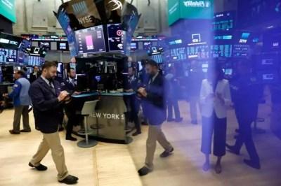 Χρηματιστήριο: «Βουλιάζει» για δεύτερη μέρα η Wall Street! | Newsit.gr