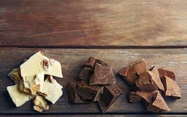 Φτιάξτε ένα απλό, υγιεινό και σοκολατένιο γλυκό για τις δύσκολες ώρες