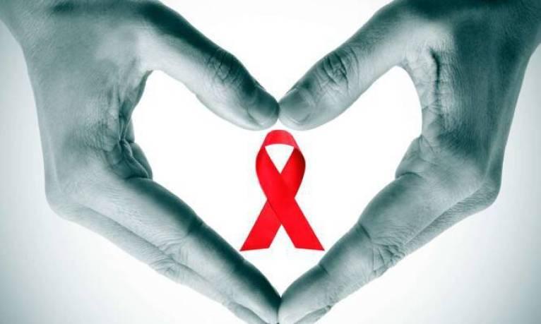 Παγκόσμια Ημέρα κατά του AIDS: 8 «ευαίσθητα» πράγματα που δεν ρωτήσατε ποτέ για τον ιό HIV