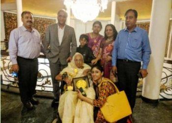वयोवृद्ध प्रेरणास्रोत शांति बाला देवी को किया गया सम्मानित