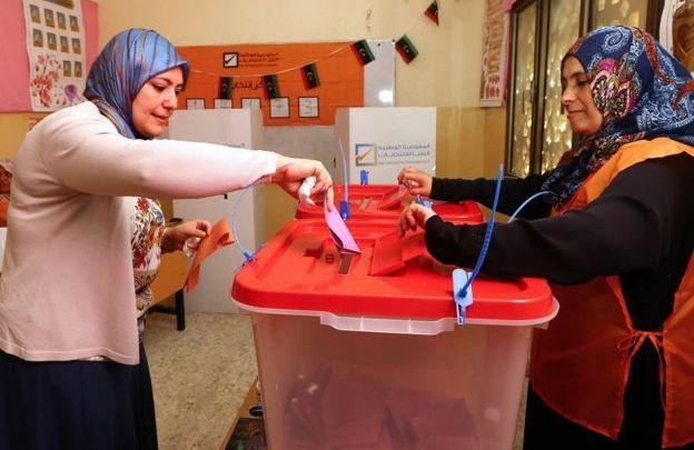 فتح باب التسجيل في انتخابات 68 بلدية على مستوى ليبيا