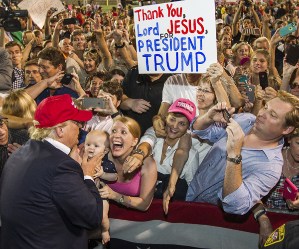Trump-Alabama-GettyImages-484797712.jpg