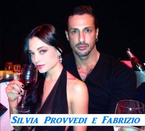 Fabrizio Corona con la fidanzata Silvia Provvedi