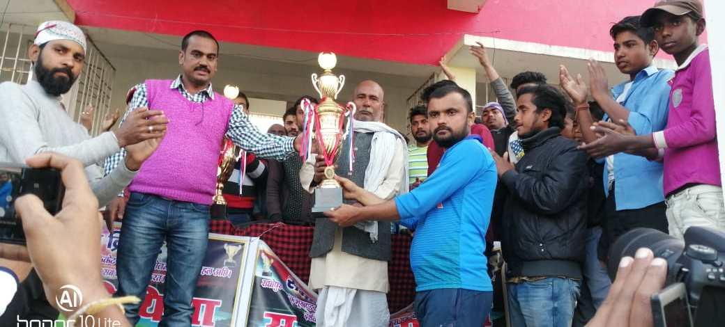 """मधुबनी : पोखरौनी ने 3 विकेट से जीता """"समाचार मिथिला"""" क्रिकेट कप। न्यूज़ ऑफ मिथिला"""