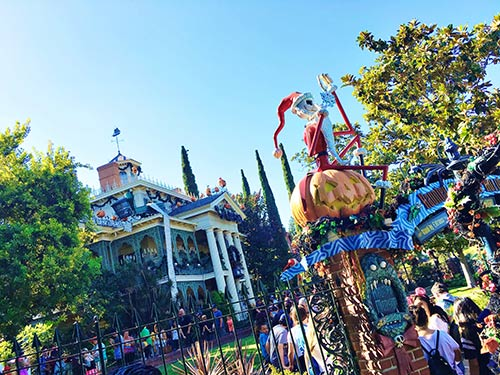 disneyland-halloween-time-haunted-mansion-holiday-jack