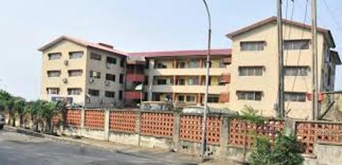 #EndSARS: Suspected Hoodlums Set Ablaze Ajeromi LG Secretariat In Lagos, Loot Offices