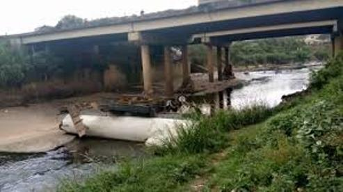 Lagos: Drunken Truck Driver Falls From Kirikiri Bridge, Drowns In River