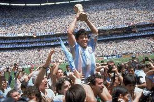Marseille Manage Urges FIFA  To Retire No 10 Shirt For Maradona..Napoli To Rename Stadium In his Honour