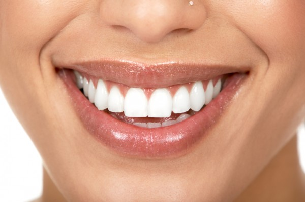 Image: Dental technique repairs damaged teeth naturally