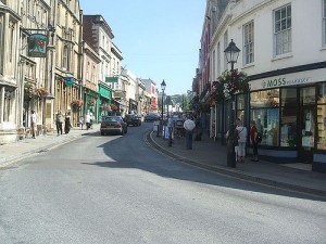 Glastonbury High Street. Photo: Sunin